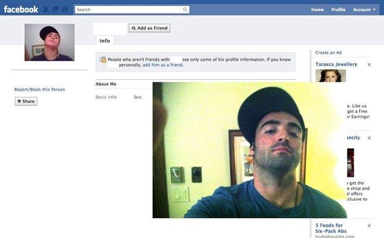 Typ stellt Facebook-Profilbilder Gleichnamiger nach und stellt ihnen Freundschaftsanfragen CasinoRoy_02