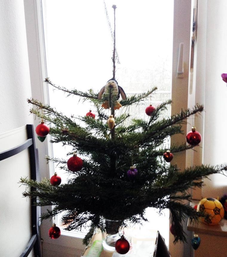 Frohe Weihnachten! erster_weihnachtsbaum