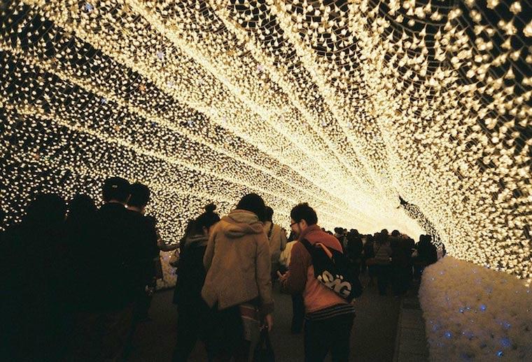 Der japanische Lichtertunnel