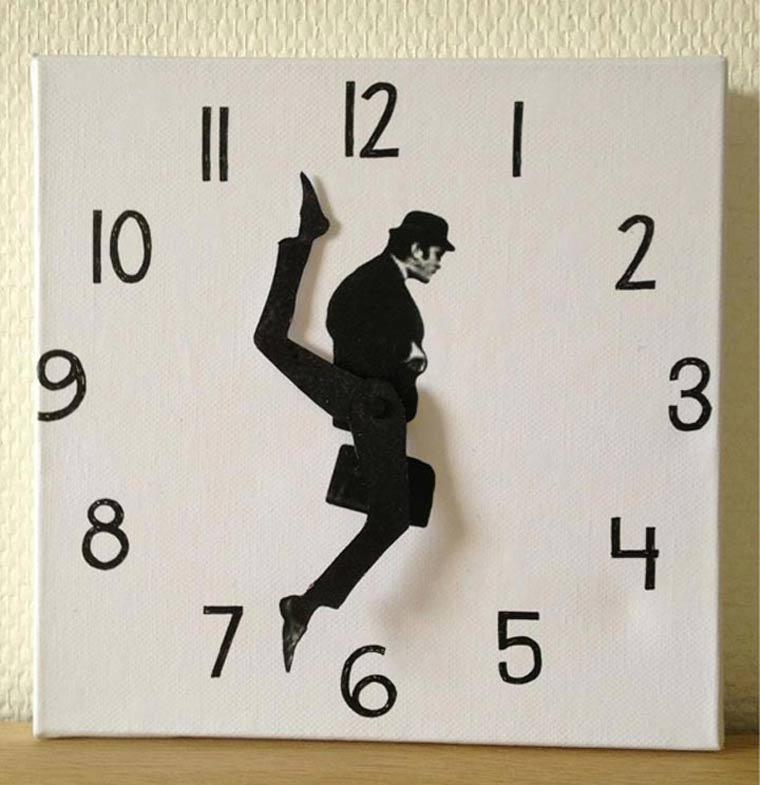 Monty Python Ministry of Silly Walks Uhr ministry_of_silly_walks_clock