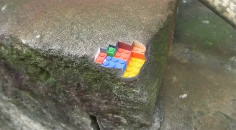 fixing the world: 3D-Drucke ins reale Leben mischen sandstone_with_LEGO
