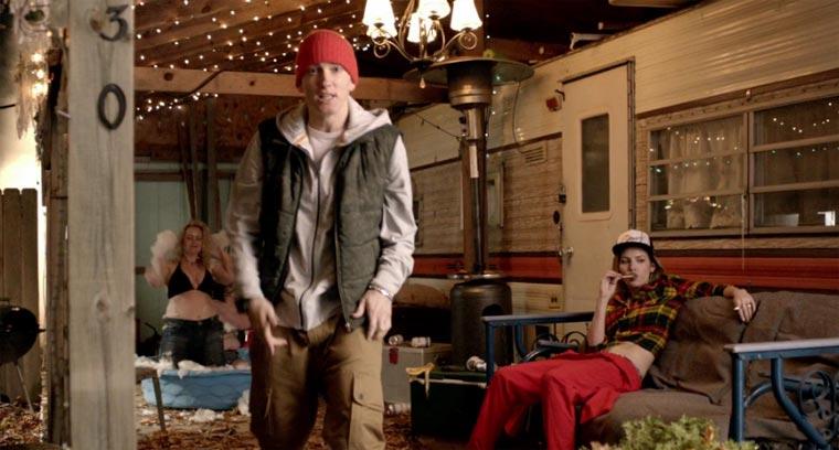 Skylar Grey ft. Eminem – C'mon Let Me Ride skylar_grey_cmon_let_me_ride