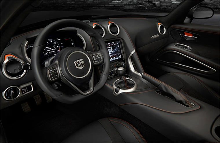 Carporn: 2014 SRT Viper GTS 2014-SRT-Viper-GTS_03