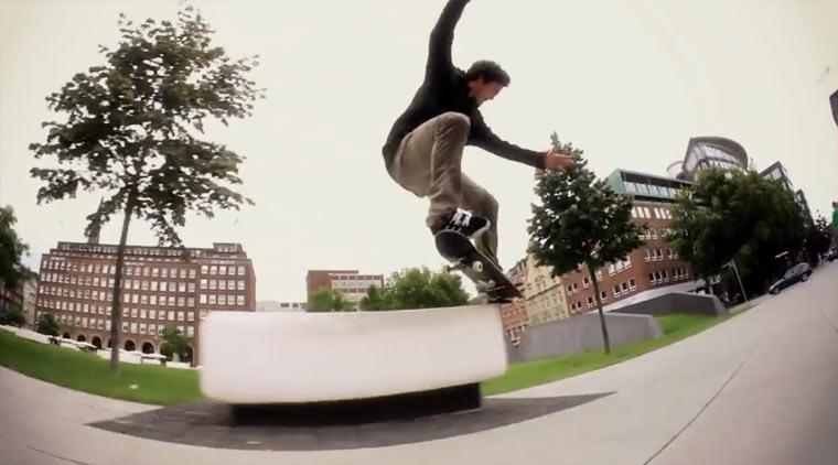 Skateboarding: Dennis Durrant
