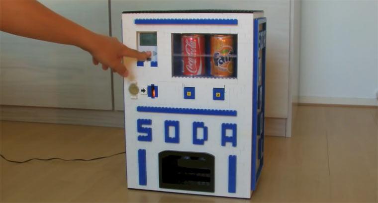 Getränkeautomat aus LEGO LEGOsoda