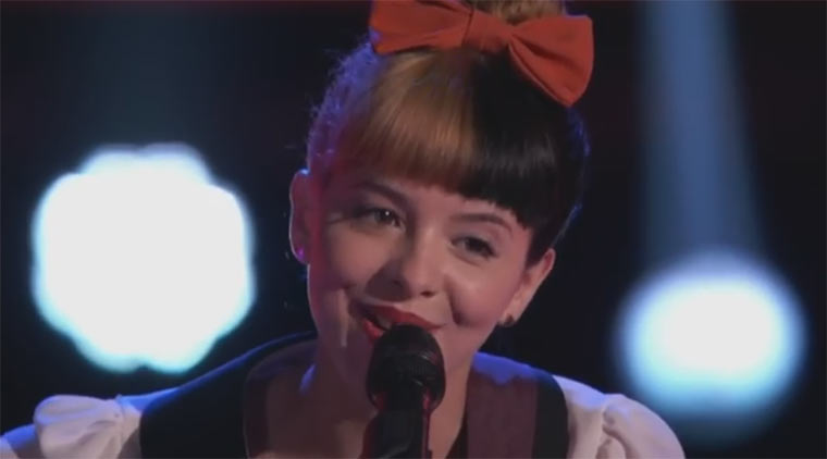 Melanie Martinez – Toxic (Britney Spears cover)