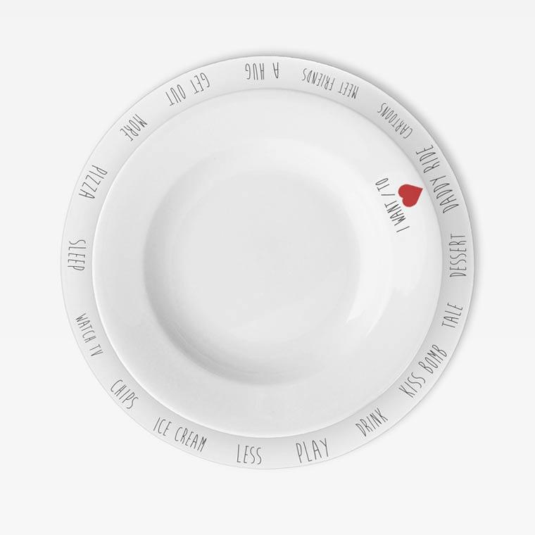 Gegen Langeweile am Essenstisch: Purpose Plates Purpose_PLates_02