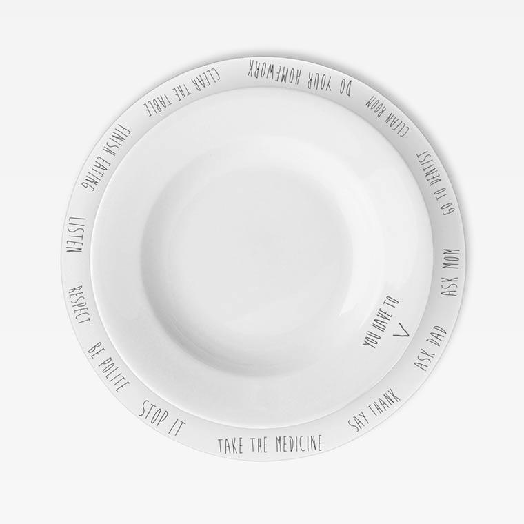 Gegen Langeweile am Essenstisch: Purpose Plates Purpose_PLates_03