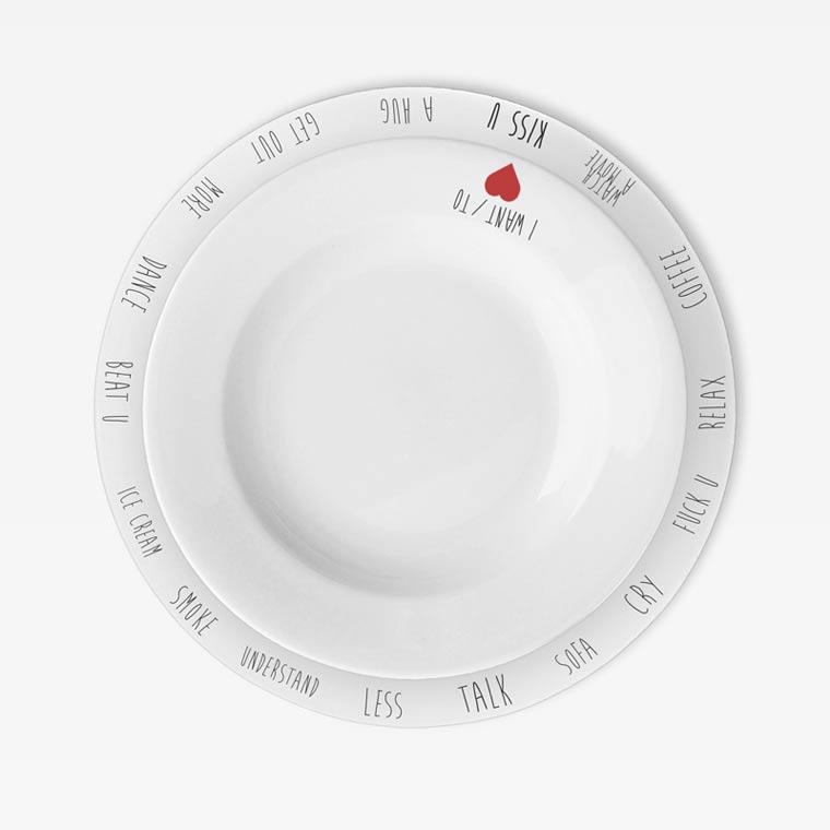 Gegen Langeweile am Essenstisch: Purpose Plates Purpose_PLates_04