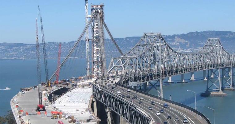 Timelapse: 5 Jahre Brückenbau in 4 Minuten Timelapse-Brueckenbau