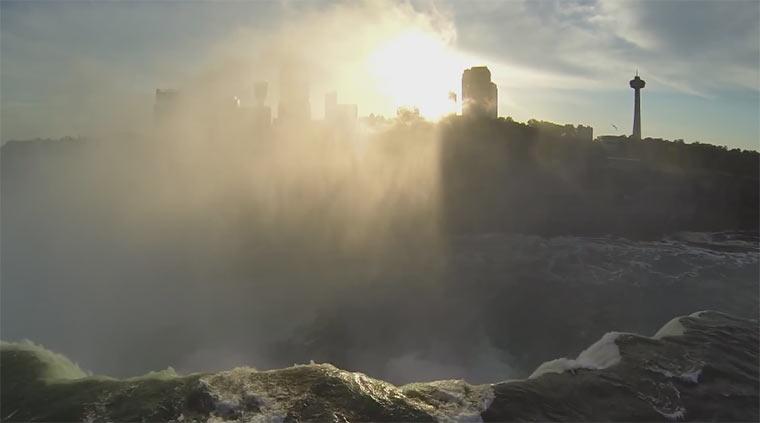 Mit dem Quad-Copter über die Niagara-Fälle niagara_quadcopter