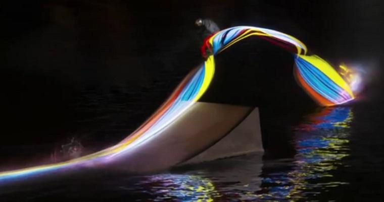 Wakeboard mit Unterbodenbeleuchtung