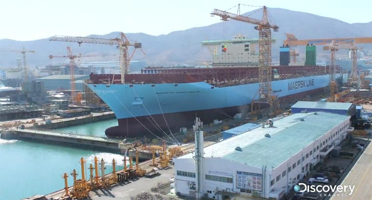 Kommt, wir bauen das größte Schiff der Welt - in 76 Sekunden worldslargestship