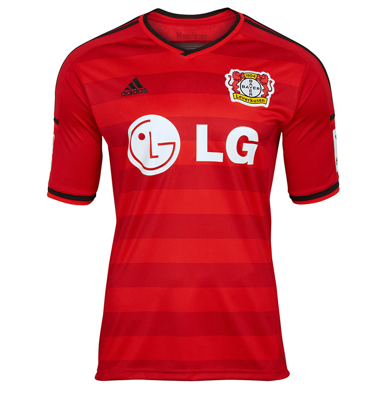 Alle Bundesliga-Trikots 2014/15 Bayer_Trikot_01