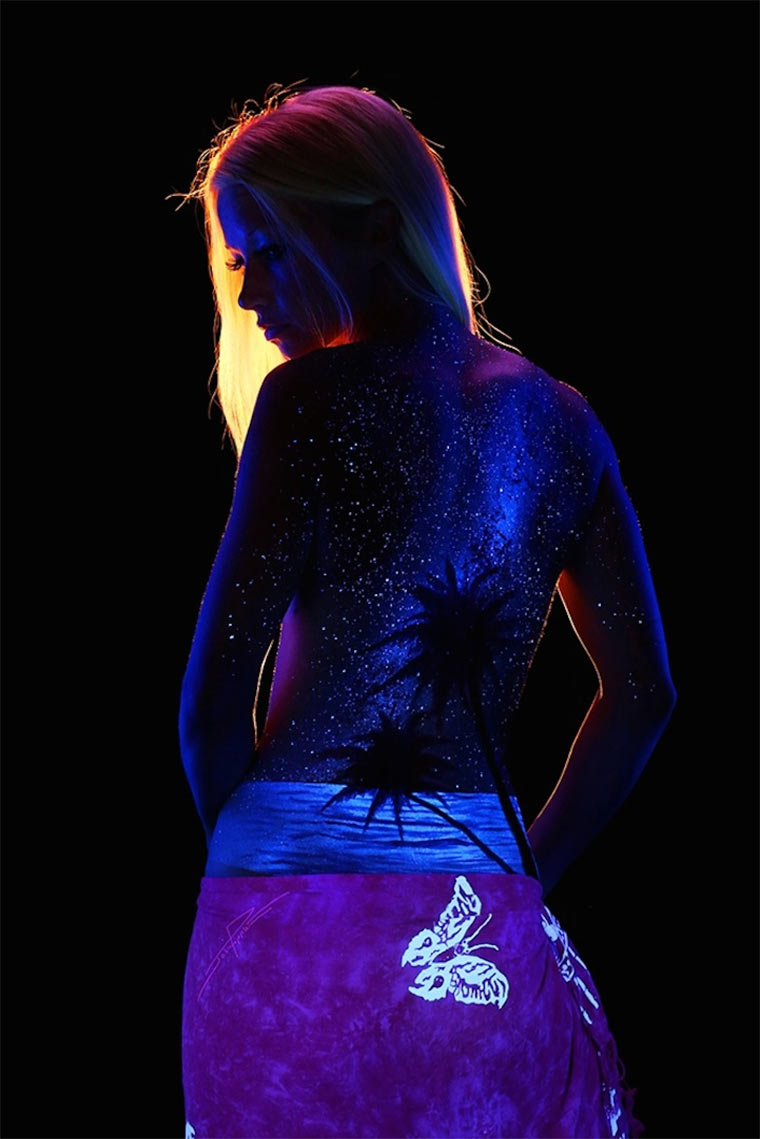 Schwarzlicht-Bodypaintings Blacklight_Bodyscapes_04