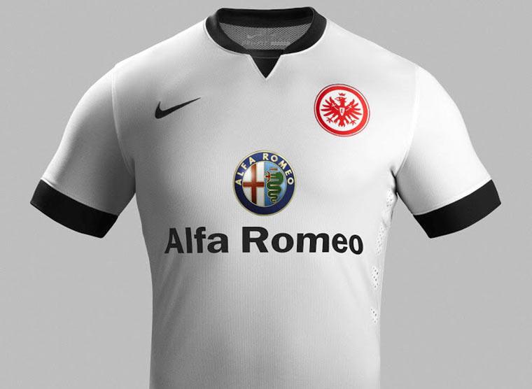 Alle Bundesliga-Trikots 2014/15 Eintracht_Trikot_02