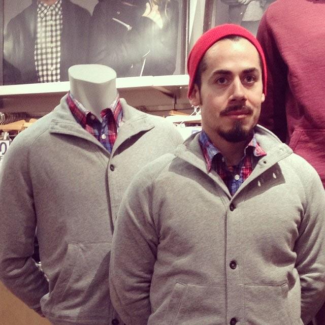 Wenn Männer beim Shoppen auf ihre Frauen warten GAPmannequinProject_04
