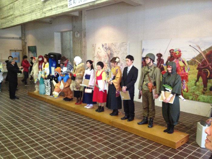 Kunst-Absolventen dürfen tragen, was sie wollen Kanazawa-College-of-Art_07