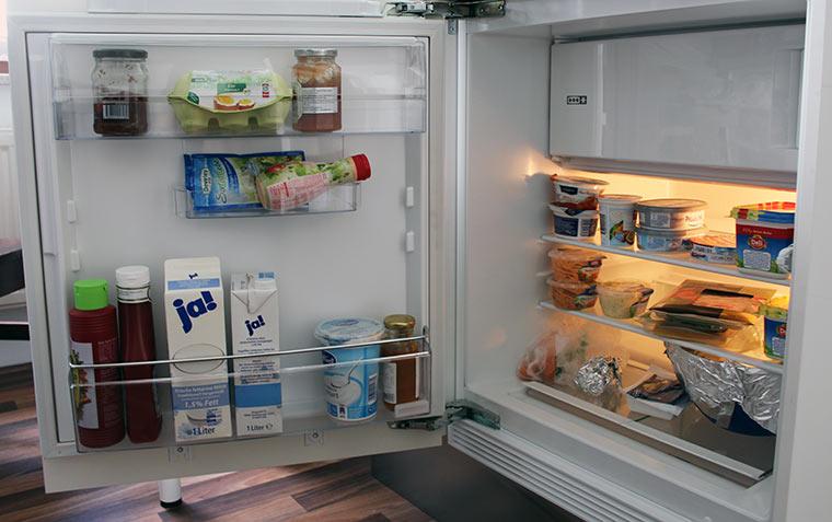 55% haben nur gesundes Essen im Haus Kuehschrank_02
