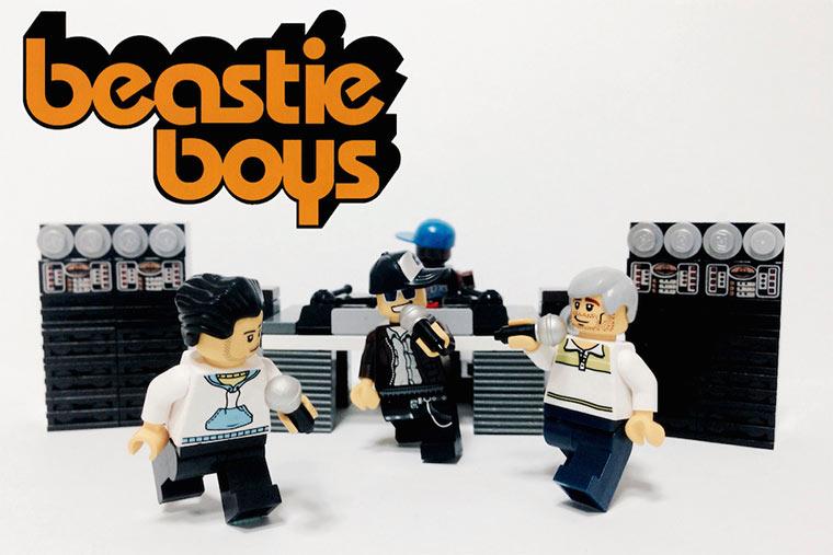 20 ikonische Bands mit LEGO nachgestellt LEGO_Bands_01
