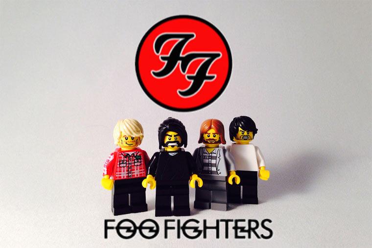 20 ikonische Bands mit LEGO nachgestellt LEGO_Bands_06