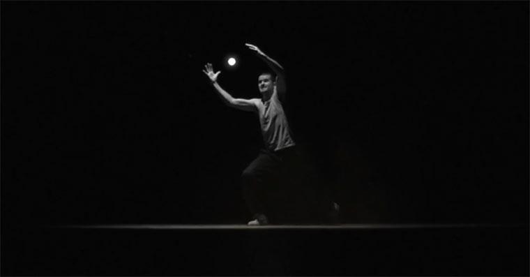 Der mit dem Licht tanzt
