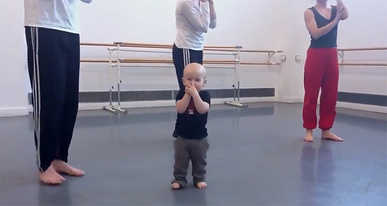Baby-Choreograph baby_modern_Dance