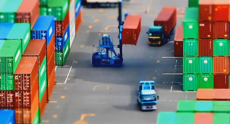 Tilt-Shift: Container Stacking container_stacking
