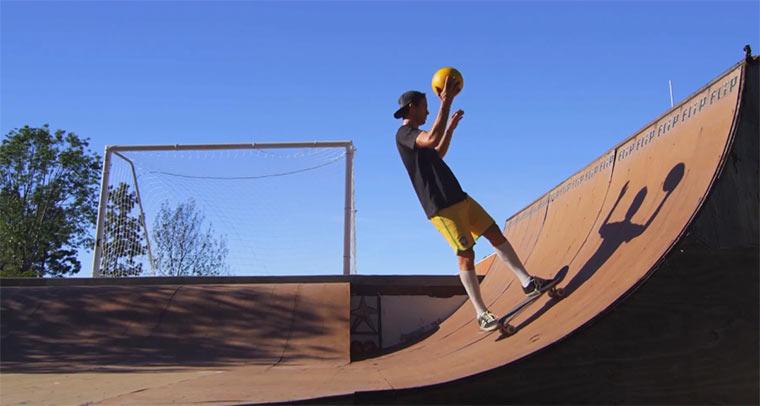Bob Burnquist: Skateboard-Fußball dreamball
