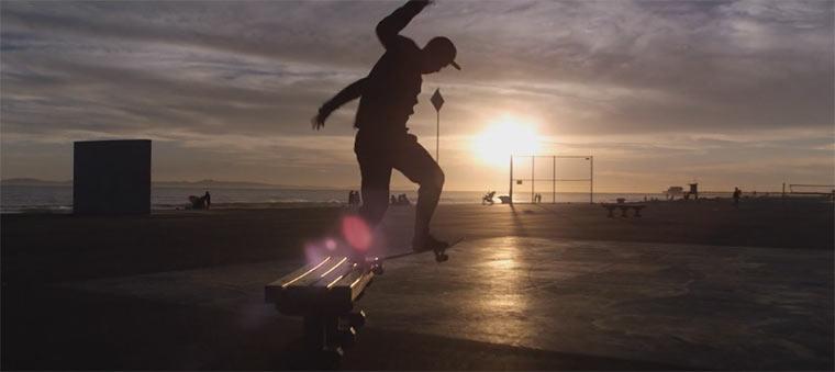 Skateboarding in seiner schönsten form form