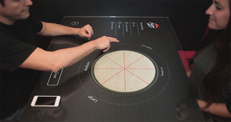 Interaktiver Tisch bei Pizza Hut pizzahutinteractivetable