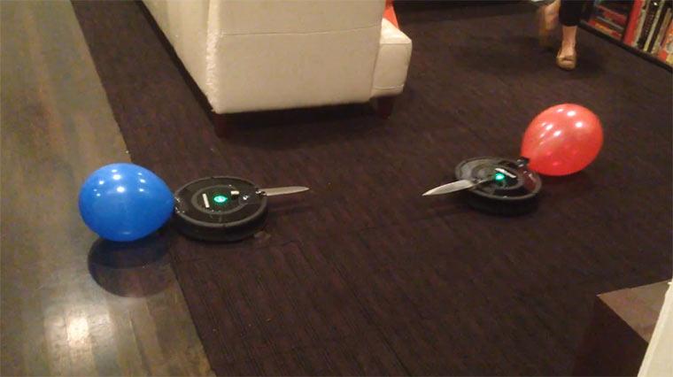 Messerkampf zweier Roombas