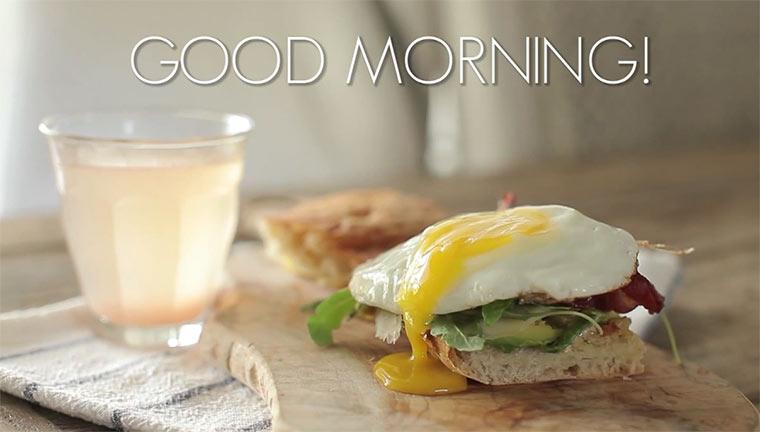 Spicy Egg & Avocado Breakfast Sandwich spicy_egg_sandwich