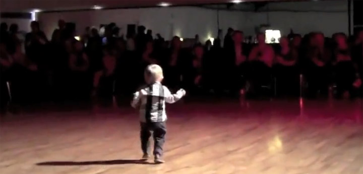 2 year old dancing