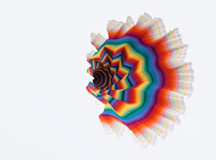 kaleidoskopische Papier-Skulpturen
