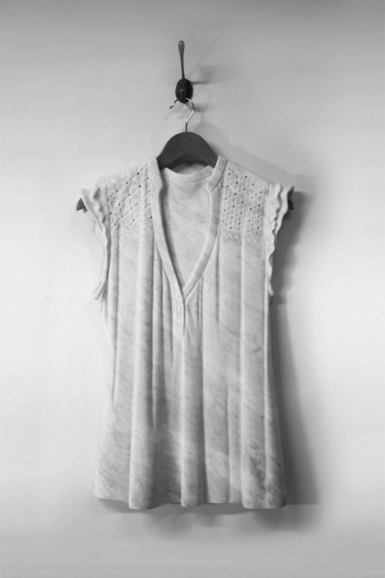 Luftige Marmor-Kleider