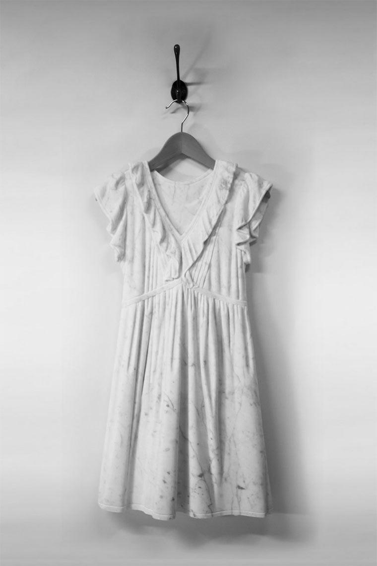 Luftige Marmor-Kleider Marmorkleider_03