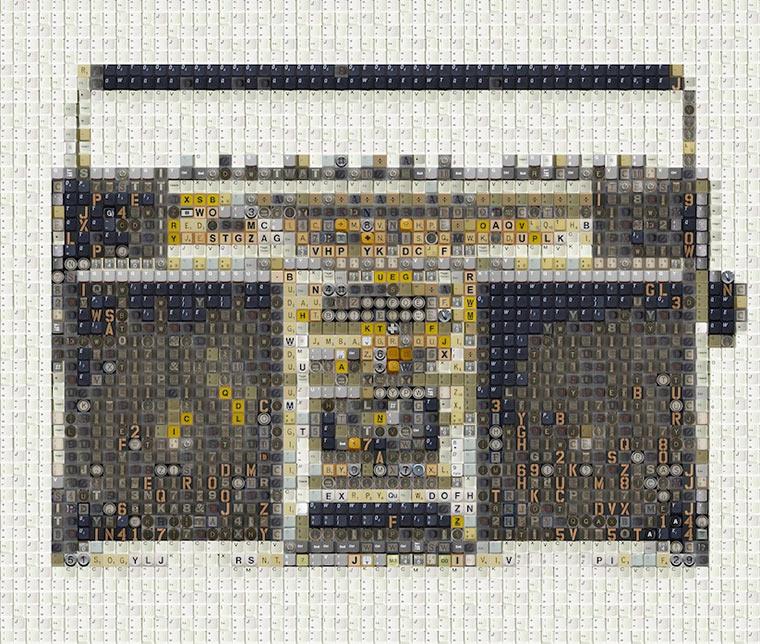 Retro-Elektronik aus Tastatur-Tasten Old_School_80s_Electronica_01