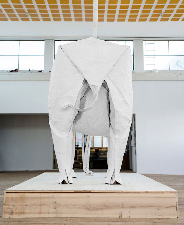 lebensgroßer Origami-Elefant Origami_Elephant_06