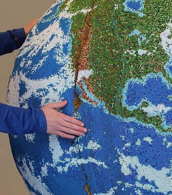 Der Streichholz-Globus
