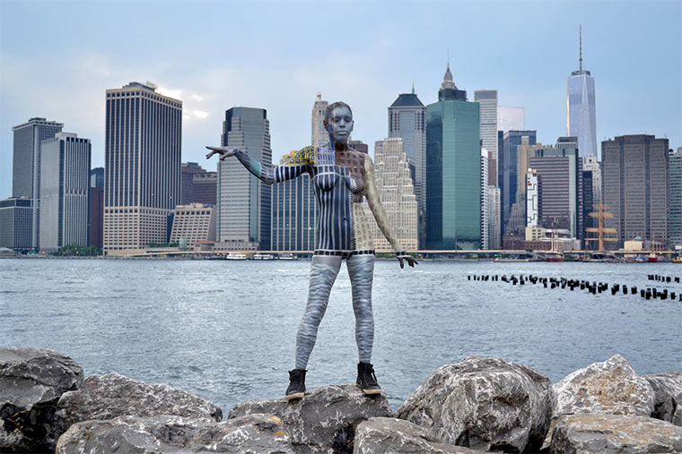 Mit Tarn-Body-Painting in New York Trina_Merry_01
