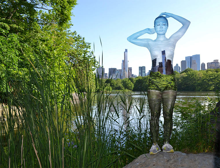 Mit Tarn-Body-Painting in New York Trina_Merry_04