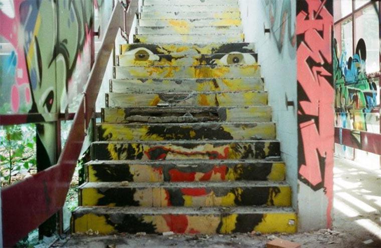 Street Art: Zebrating Zebrating_03