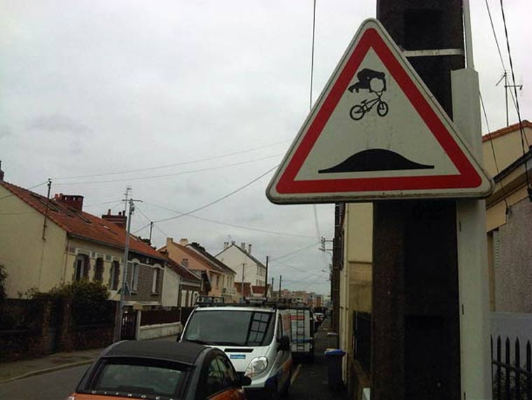 Street Sign Art clet_abraham_07