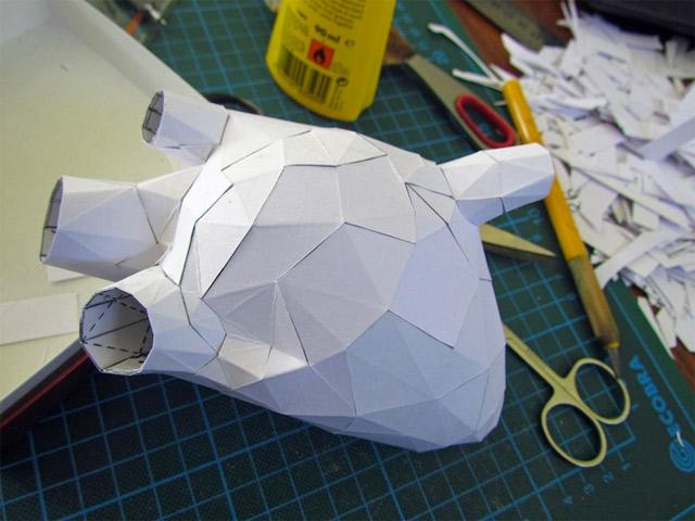 Der Körper besteht zu 100% aus Luft und Papier paper_torso_03