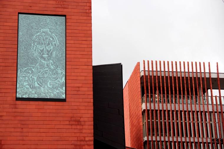 Gigantische Fenstermalerei von Strook
