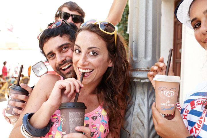 Finde den perfekten Sommersong und gewinn mit etwas Glück eine Vespa! CafeZeroBoot_01