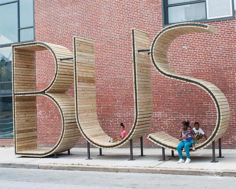 Das Wort BUS als Haltestelle BUShaltestelle_03