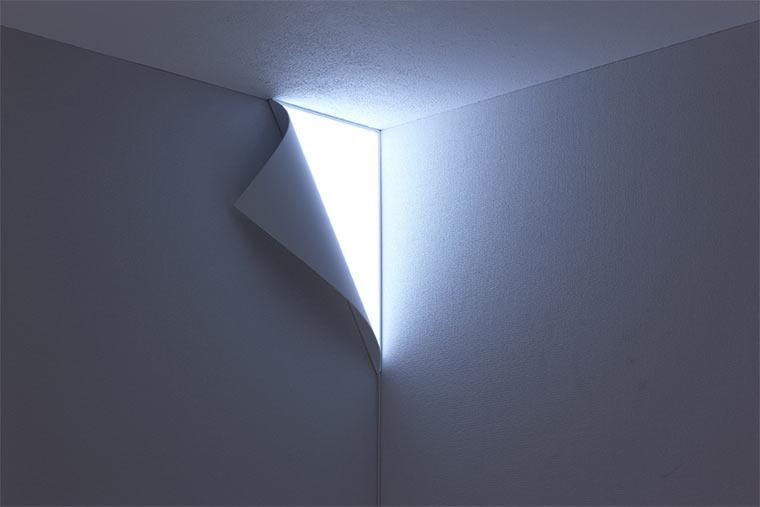 Die leuchtende Wand Peel_03