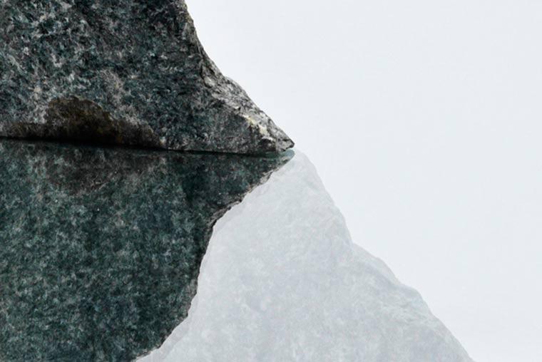 Tisch mit eingebautem Riesensteinsprung emmet_rock_03